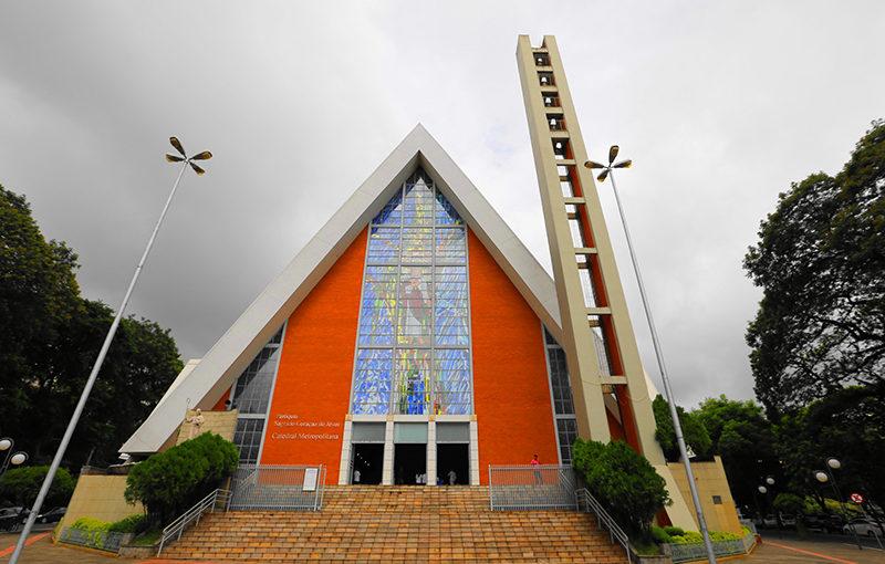 Justiça decreta prisão de assaltantes da Catedral de Londrina