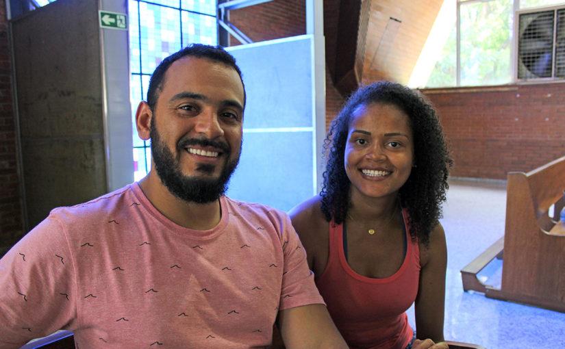 Paulo Ricardo Freschi Ferreira e Ariane Hellen Ribeiro