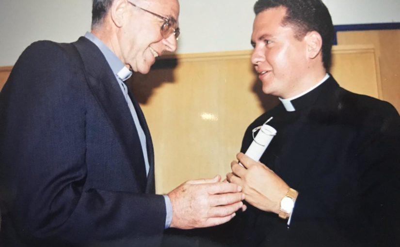 Parabéns, padre Rafael Solano!